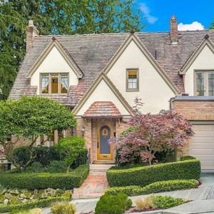 Montlake Residence